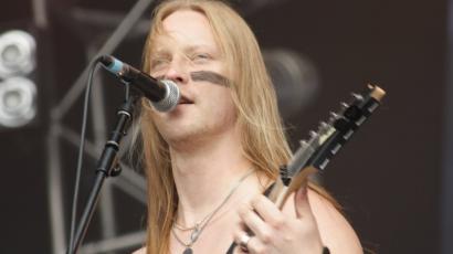 Újra gitározhat Petri Lindroos