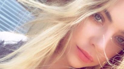 Újra hosszú szőke hajjal hódít Ashley Benson