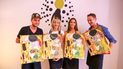 Világhírű művész képét festették újra sztárok