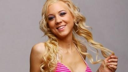 VV Zsófi szépségversenyen indul