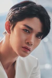 Bae Jin Young