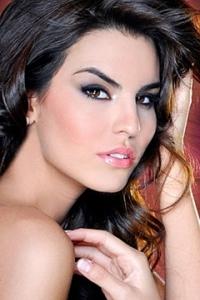 Cynthia de la Vega