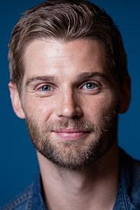 Mike Vogel