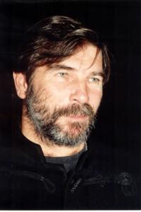 Vikidál Gyula