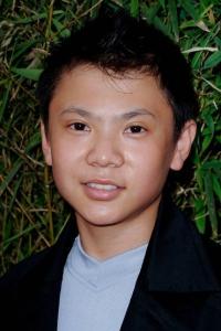 Zhenwei Wang