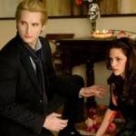 Bella és Carlisle.jpg