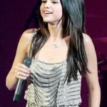 Selena_Gomez_007_wenn5455115.jpg
