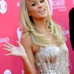 Carrie-Underwood-CountryMusicIsLove2.jpg