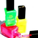 neon_nail_paints.jpg