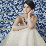 Selena_Wallpaper_selena_gomez_23276547_1024_768.jpg
