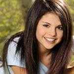 Selena%20Gomez%20and%20Kevin%20Jonas%20And%20On%20Haiti%20%20Every%20Little%20Bit%20Matters.jpg