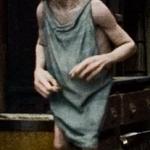 Dobby:)az a cipő nagyon ari:D:Dőt szerettem a legjobban a HP-ben:)mért ő halt meg??:'(