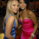 Hayden_Panettiere_Rihanna-2007_MTV_Video_Music_Awards-Backstage-09.09.2007_002.jpg