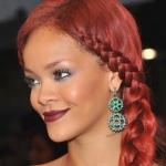 Rihanna-Hair-Met-Ball-2011-435x580.jpg
