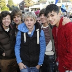 image-3-for-x-factor-fans-mob-rebecca-ferguson-matt-cardle-cher-lloyd-and-one-direction-as-they-visit-their-home-towns-gallery-157617571.jpg