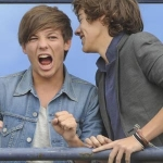 11140_000019be2_3e7a_orh400w300_Louis-Tomlinson-and-Harry-Styles-2.jpg