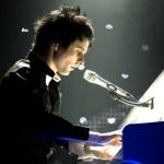 Matt zongorázik másolata.jpg
