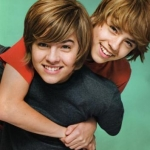 Cole and dylan sprouse 4.jpg