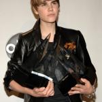 Justin+Bieber+2010+American+Music+Awards+Press+QU2O_d97R86l.jpg