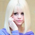 selena_gomez_blonde_1.jpg