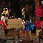 Santa Paws - Deck the Halls 90-Sec Music Video_(720p).mp4_000027266.jpg
