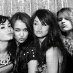 Taylor-Demi-Selena-and-Miley-taylor-swift-13923004-800-524.jpg
