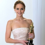 Jennifer-Lawrence---Protraits-for-the-Oscar-2013--02-e1361969316419-560x654.jpg