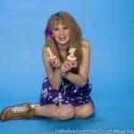 Debby-Ryan-Photoshoot-Bop-And-Tigerbeat-2010-debby-ryan-14178079-398-400.jpg