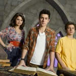 wizards-of-waverly-place_06.jpg
