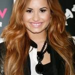 Demi-Lovato-Long-Ombre-Hair-Color-2013-0.jpg