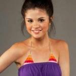 Selena.♥