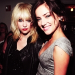 90210-beautiful-blonde-brunette-celeb-celebrity-Favim.com-45325_large.jpg