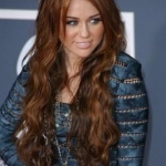 Miley-Cyrus-Long-Wavy-Hairstyle.jpg