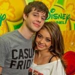 sarah-hyland-matt-prokop-on-being-a-sweatpant-couple-big-geeks.jpg