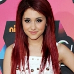 Ariana Grande :))