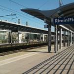 220px-Stazione_di_Rimini_Fiera_%28railway_station%29.jpg
