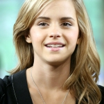 2Emma_Watson_The_Early_Show_2007_28529.jpg
