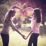 fields-friends-girls-jump-49836467.jpg