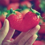 strawberry-heart.jpg