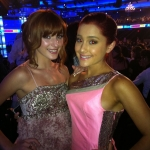 Bella-Thorne-Ariana-Grande.jpg