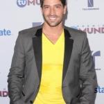 Premios-Tu-Mundo-2012-David-Chocarro-01-430x600.jpg