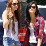 Miley-Cyrus-and-Demi-Lovato.jpg