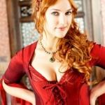 Hürrem-Sultan-Saç-Rengi-ve-Modelleri-11-301x398.jpg