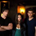 Behind-the-Scenes-the-vampire-diaries-tv-show-9466592-1450-967.jpg
