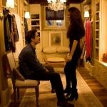 Edward és Bella a kunyhó gardróbszobájában.jpg