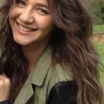beautiful girl!!<3