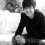 Kim Hyun Joong.<33