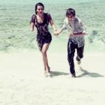 Kim-Kardashian-Justin-Bieber-Beach.jpg