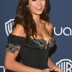 Nina-Dobrev-Photos--2014-Golden-Globes--02-300x420.jpg