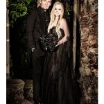 Avril-Lavigne-Wedding-Dress-400x470.jpg